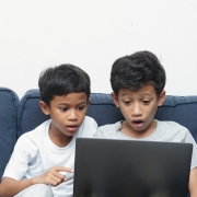 Kids online amazed at what they see!